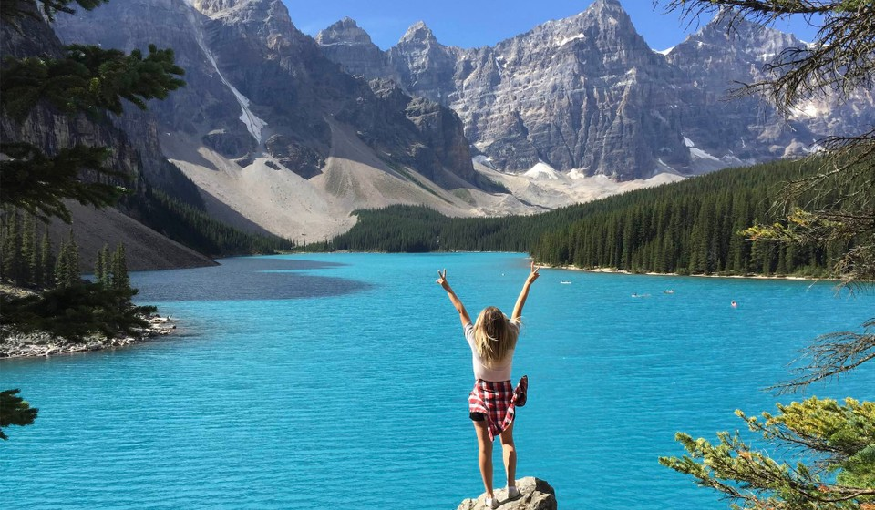 Moraine Lake is one of the best things to do in Banff National Park.